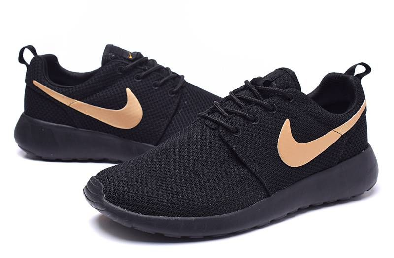 best service e44ba f649b Nike Roshe One Women Black Gold