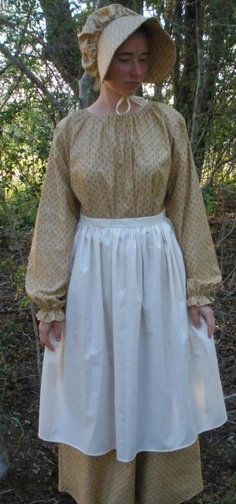 Old fashioned ladies dresses