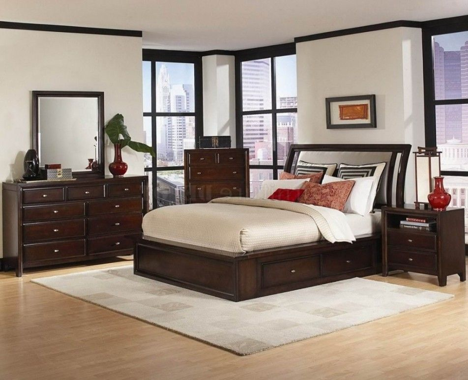 Bedroom] : Laminate Flooring With Black Teak Wood Furniture ...