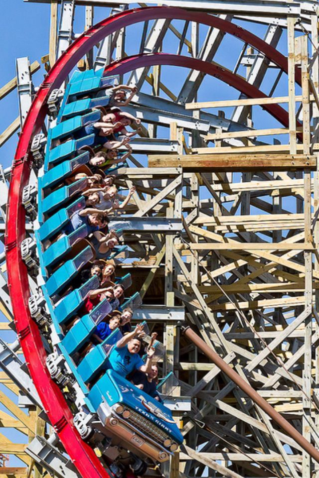 Gnarly turn on the New Texas Giant at Six Flags Over Texas.  This is a Rocky Mountain wood/steel hybrid coaster.