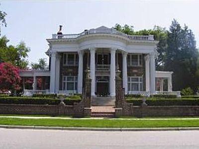 Broad Street Mansion Suffolk Va 104 S St 23434