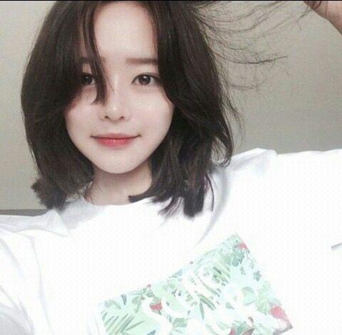 Naughty Or Nice Ulzzang Short Hair Korean Short Hair Short Hair Styles