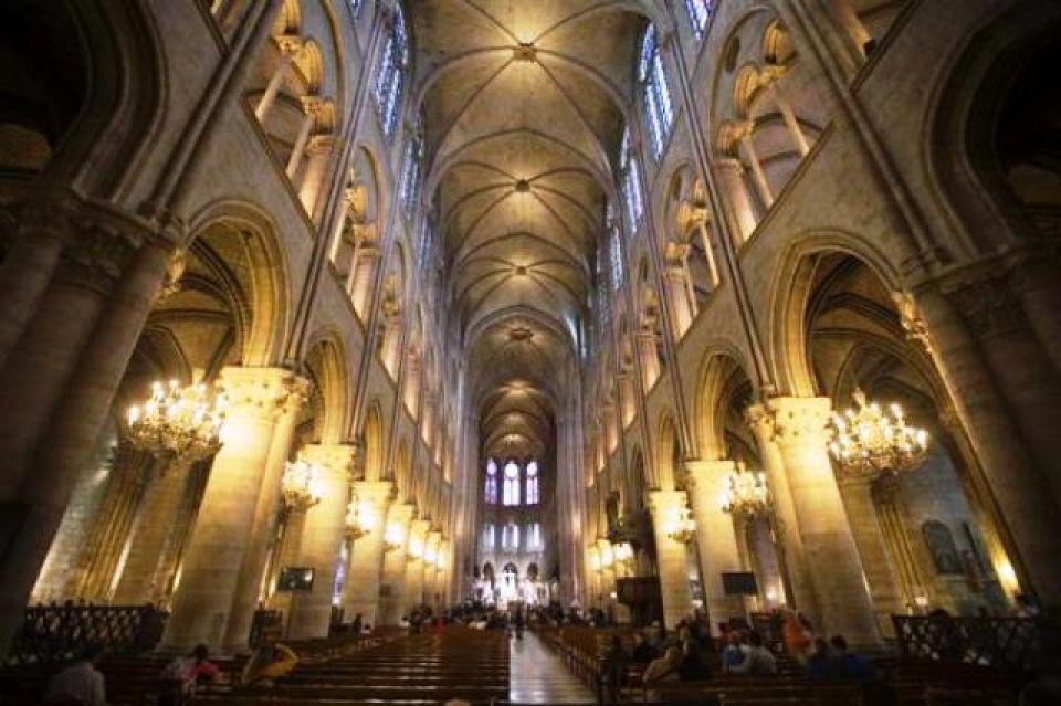Parigi Notre Dame Interno Cerca Con Google Scultura