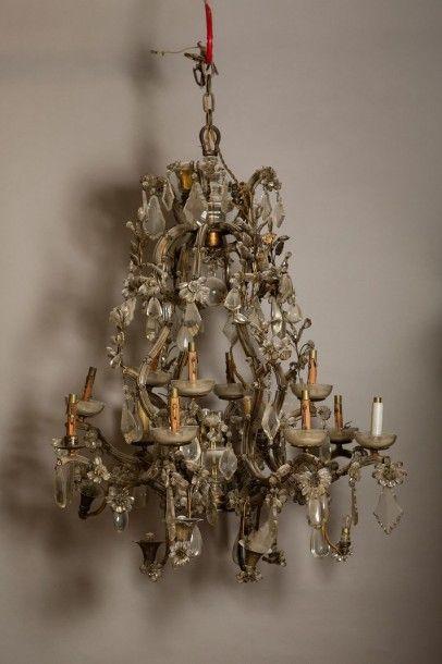 important lustre cage de style baroque huit bras de. Black Bedroom Furniture Sets. Home Design Ideas