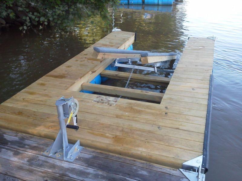 DIY Single Jet Ski Lift Dock Kit in 2019   Lake ideas   Jet ski dock, Lake dock, Floating jet ...