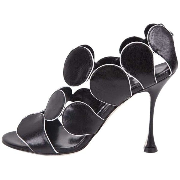 Pre-owned Manolo Blahnik Hairibal Piped Circle Leather Cutout Black... (4.155 BRL) ❤ liked on Polyvore featuring shoes, sandals, black, leather shoes, manolo blahnik sandals, cut out sandals, black high heel shoes and black leather shoes