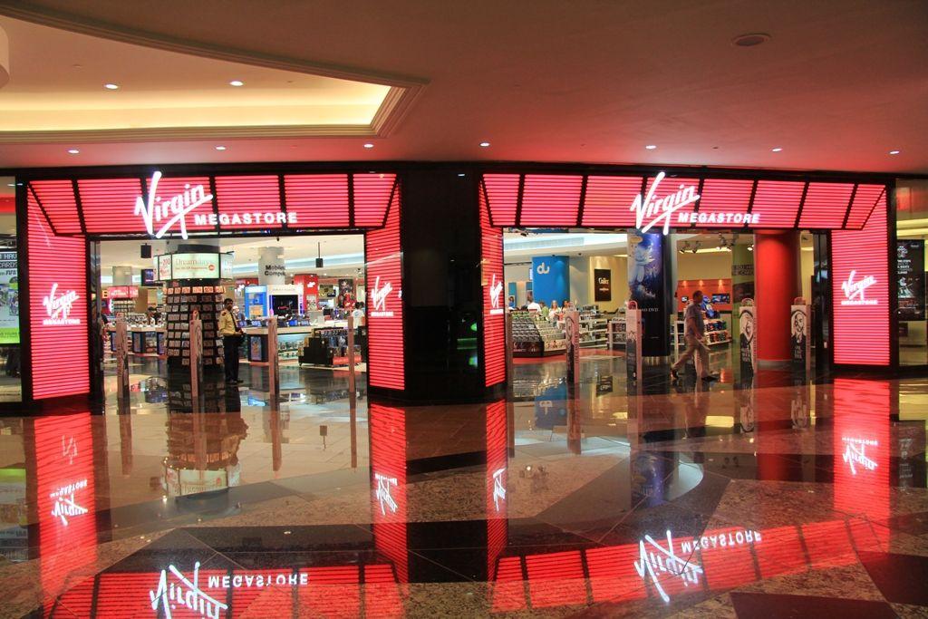 Virgin Megastore Mall of the Emirates Dubai   V I R G I N