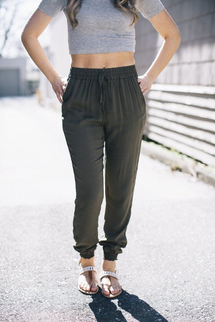Adorable joggers! Pair it with a crop top for the summer and sandals!
