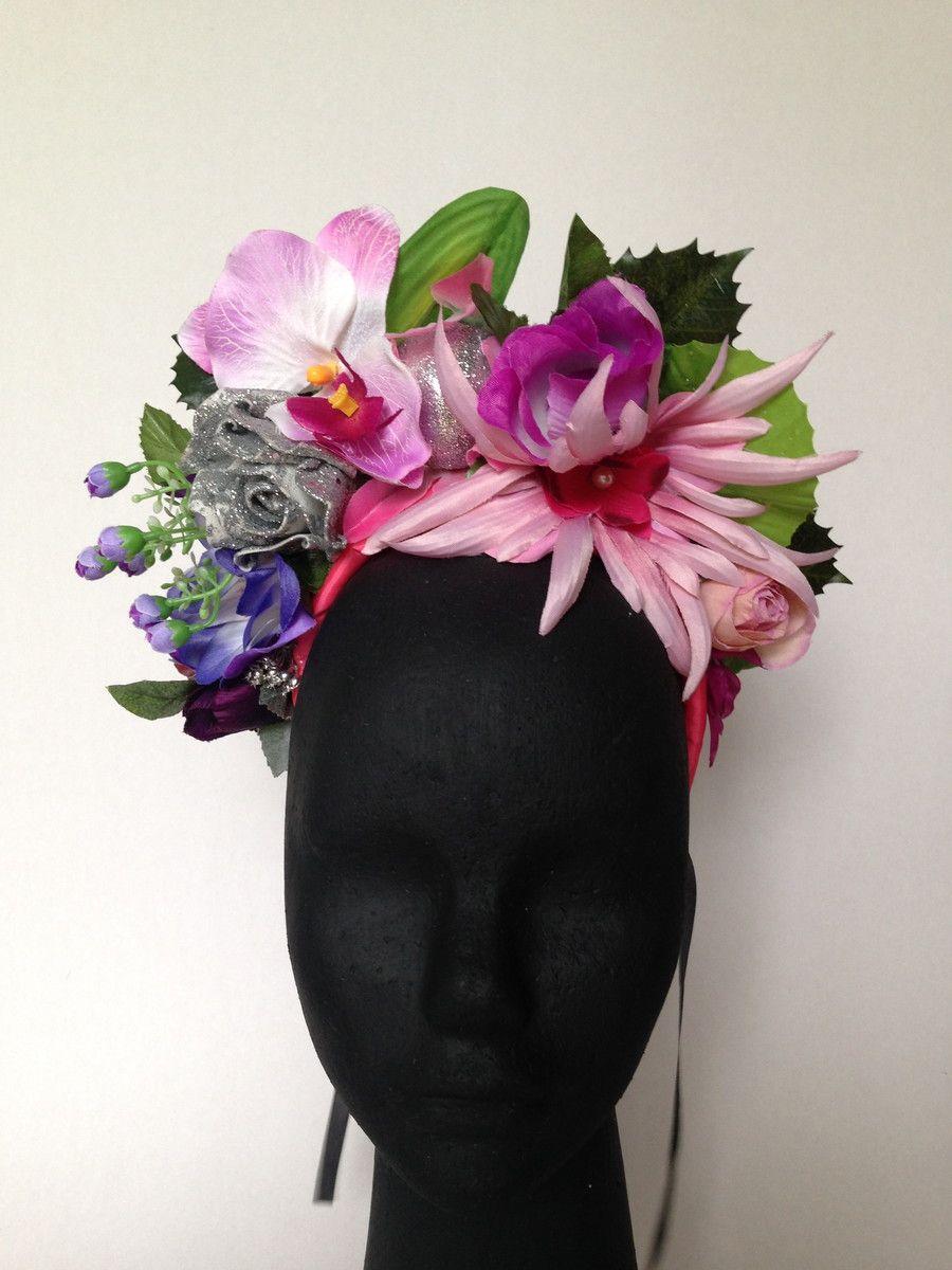 503c53ad1 Linda tiara de carnaval com grandes e exóticas flores