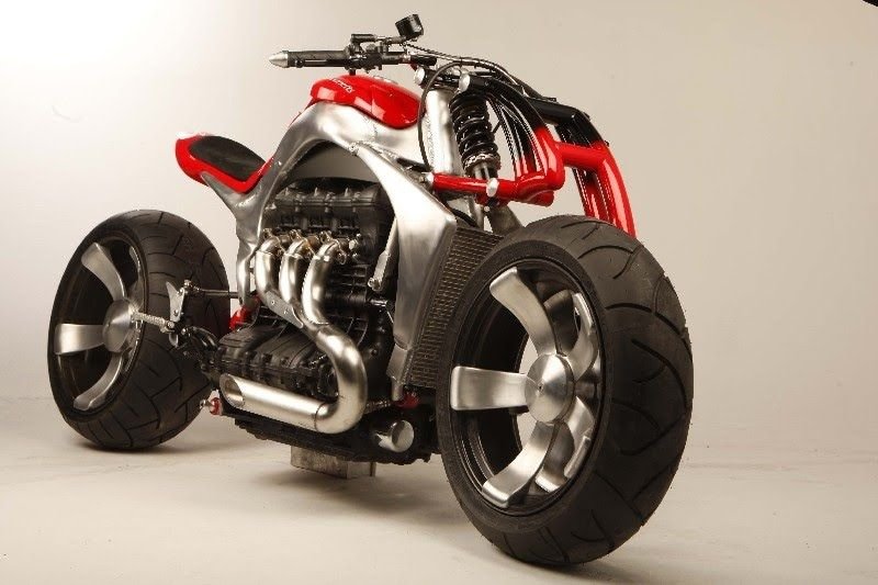 This is Roger Allmond's Triumph Rocket III concept bike commisioned ...