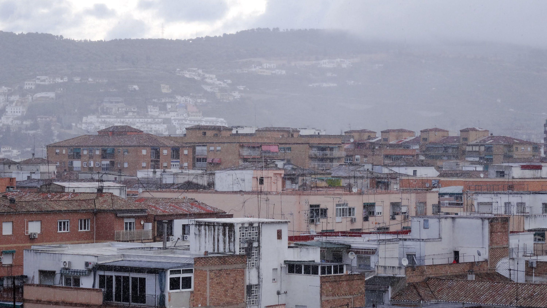 GRANADA ETERNA | ZAIDÍN | Nieva sobre Granada. Parte del Zaidin y colina del Cementerio. 2/2