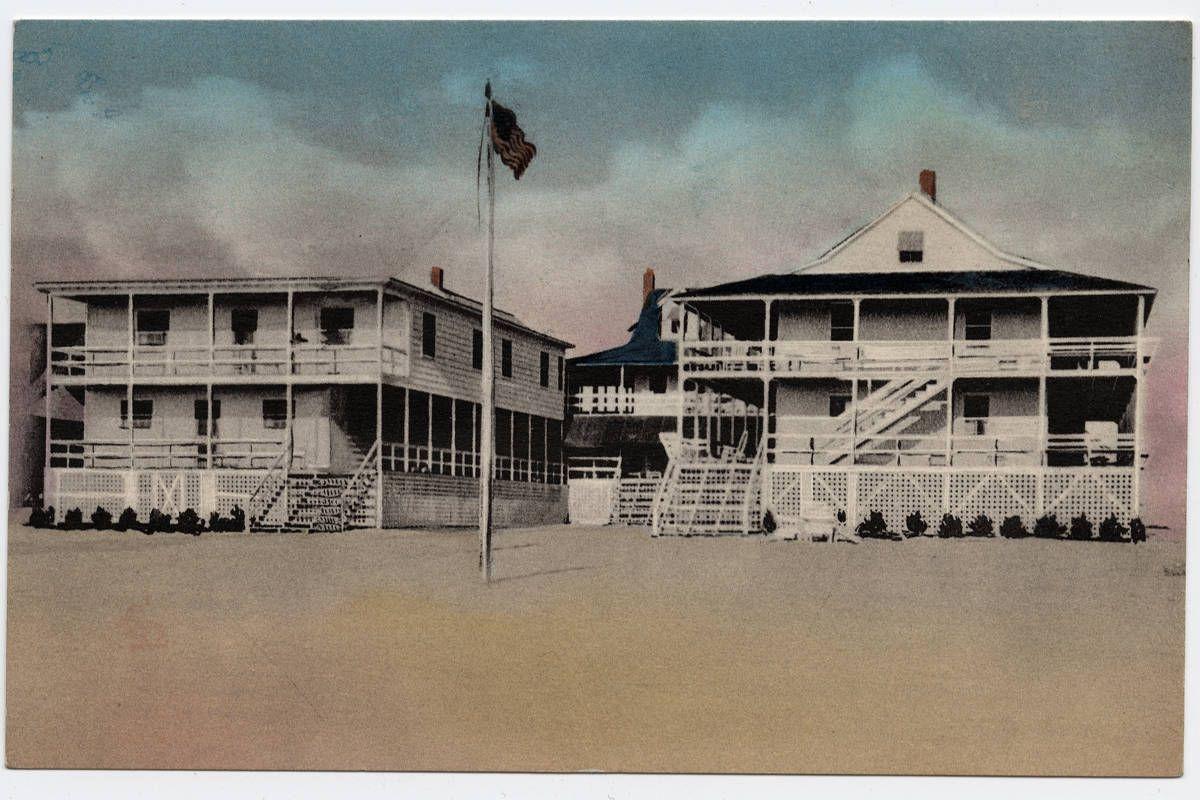 The Arlington A Distinctive Beach Hotel Nags Head North Carolina Ca 1905 1915 Http Dc Lib Unc Edu Cdm Single Beach Hotels Places To Visit Arlington Hotel