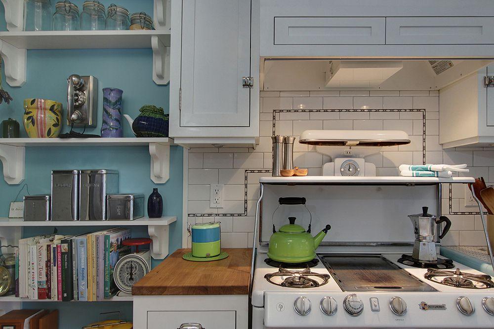 2 Vintage Stoves Okeefe Merritt Los Angeles House Of Turquoise Home Interior Design Interior Design Inspiration