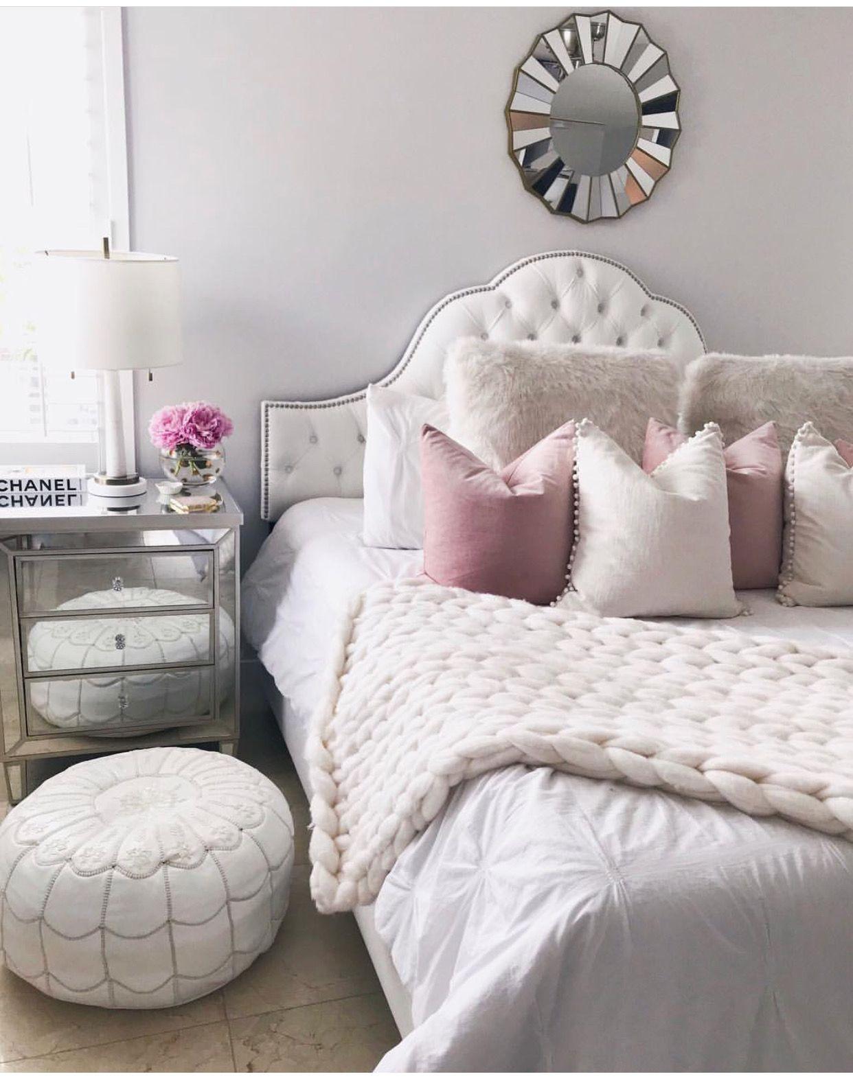 Pin By Amy Malik On H օ ʍ ҽ Decor Bedroom Decor Classic Bedroom