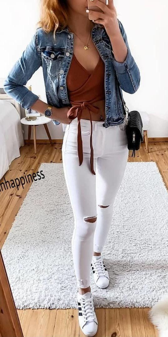 White Pants Summer Outfits Preppy Outfits Outfits Trendy Outfits