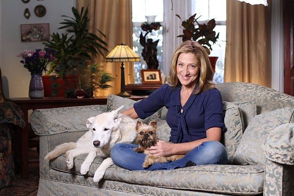 Edie Falco Dogs Girl And Dog Girl Dog Names Celebrity Dogs