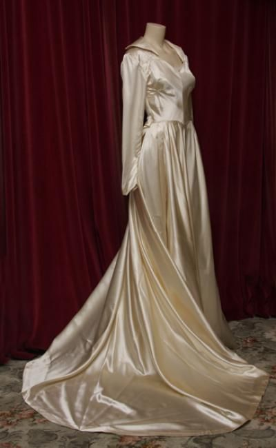 1940s cream shiny silk satin wedding gown with train. | Wedding ...