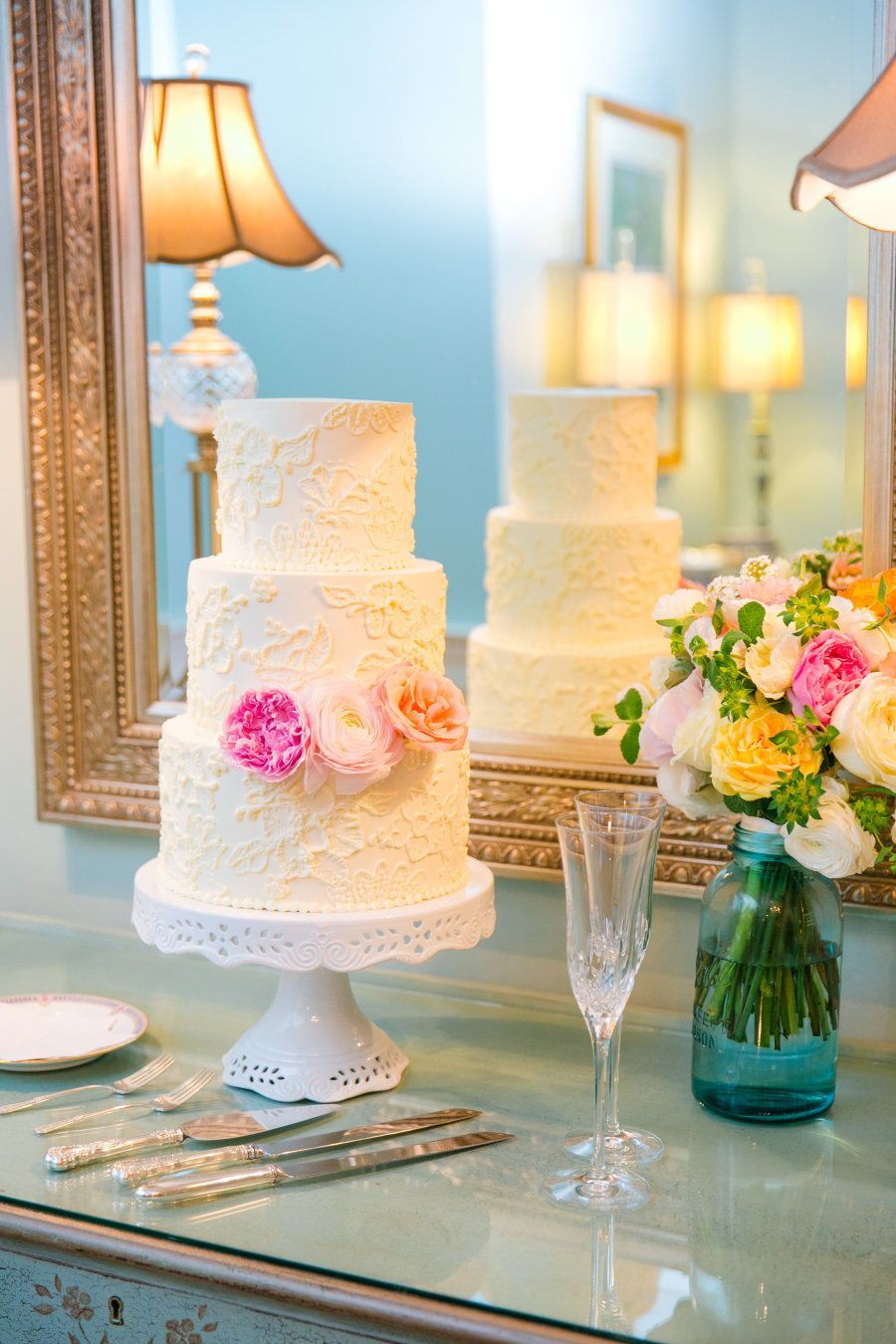 Vintage Chic Legare Waring House Wedding in Charleston, SC ...