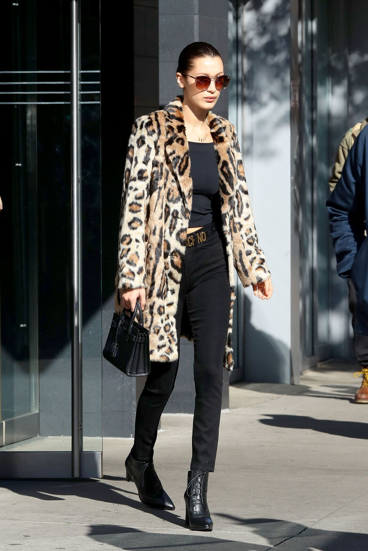 This Coat Style Is Easily One of the Biggest Trends at Fashion Week This Coat Style Is Easily One of the Biggest Trends at Fashion Week new foto