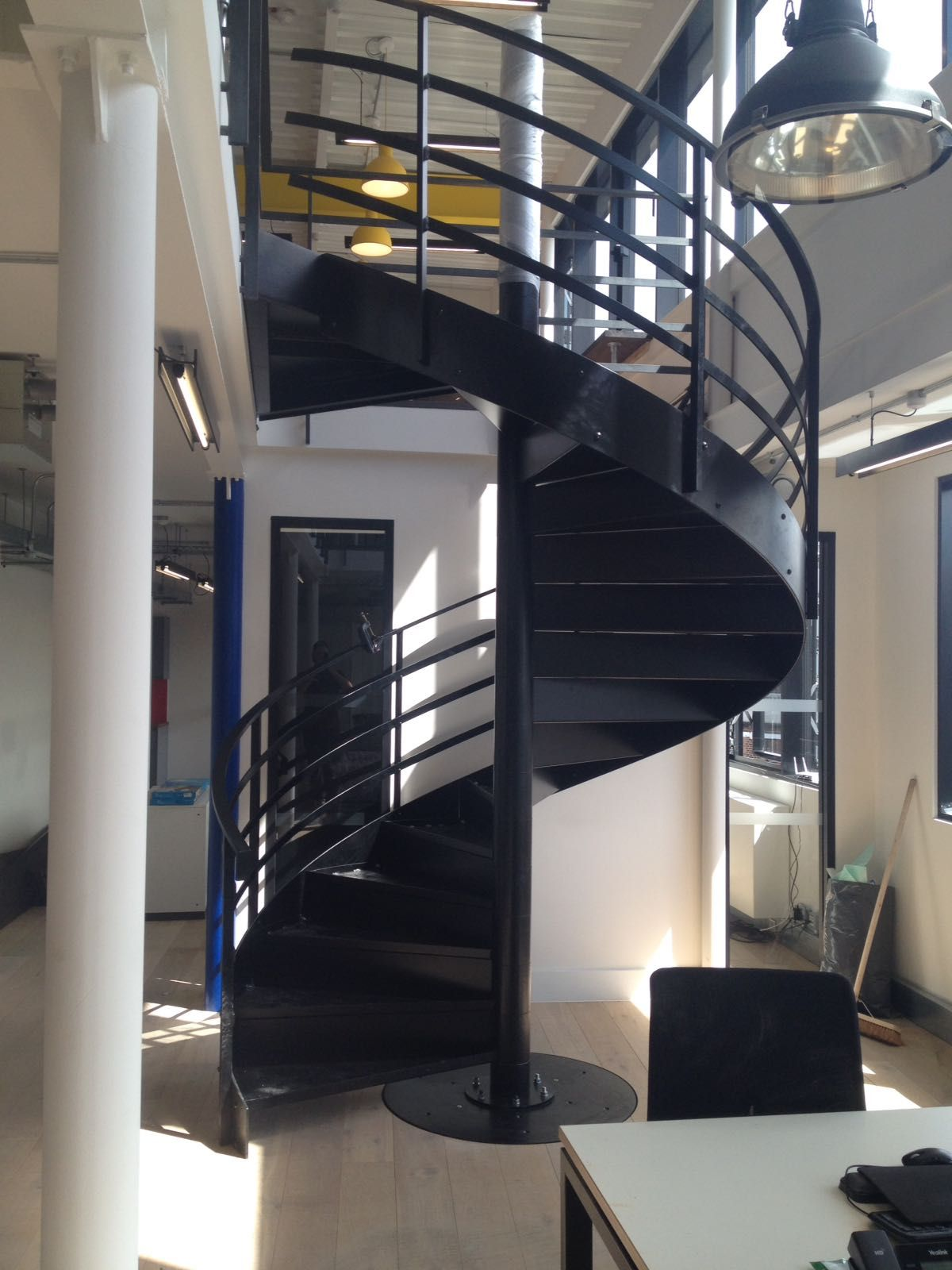 Best Spiral Staircase Powder Coated Black Spiral Staircase 640 x 480