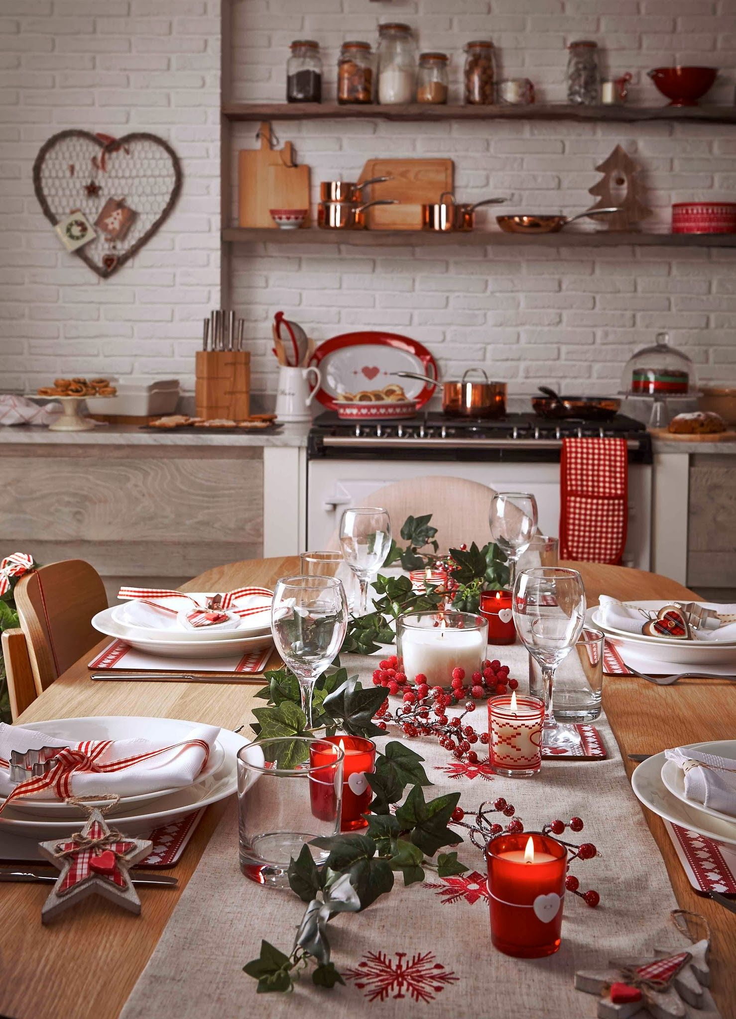 Gem tliche weihnachten mit der richtigen tisch deko tischlein deck dich gem tliche - Weihnachtsdeko tisch basteln ...