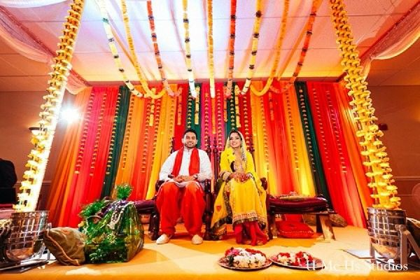 Mehndi Party Pictures : This pakistani bride and groom prepare for their beautiful