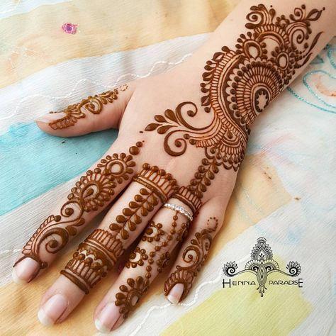 1 885 Likes 10 Comments Sarala Aravind Henna Paradise On