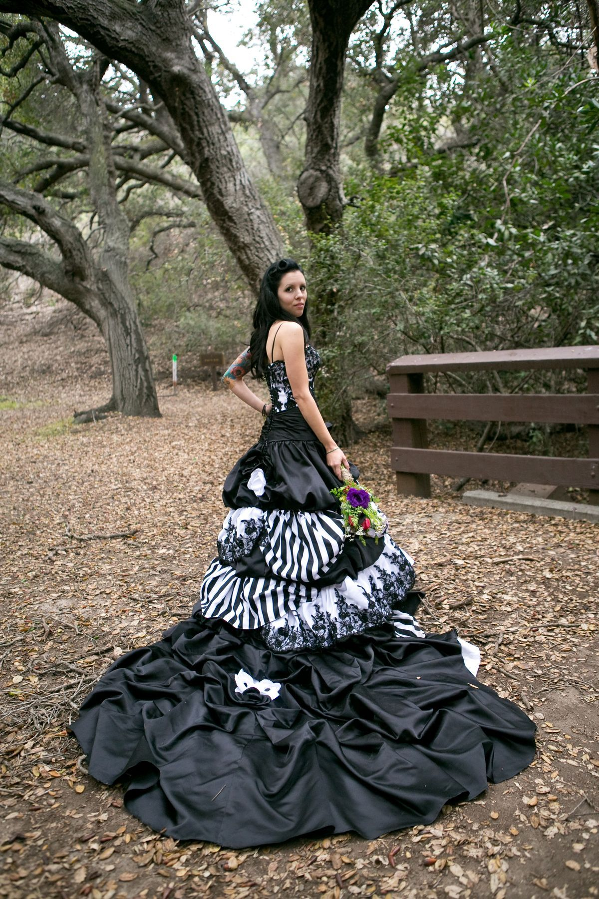 24 Completely Bewitching Tim Burton Inspired Wedding Ideas ...