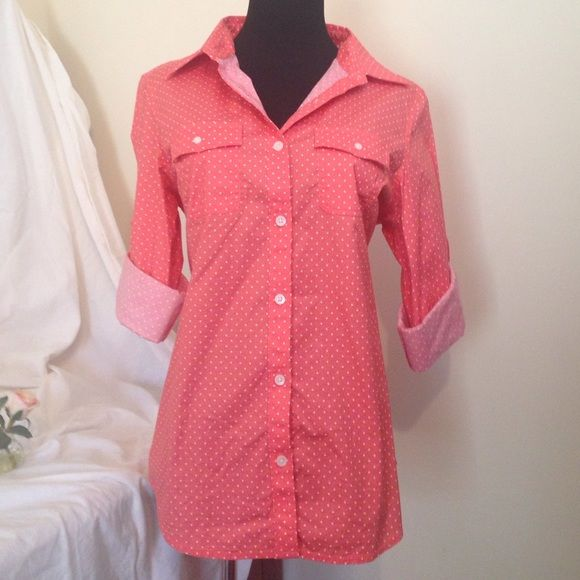Cute peach polkadot camp shirt NWOT Blouse has roll tab sleeves. L.L. Bean Tops