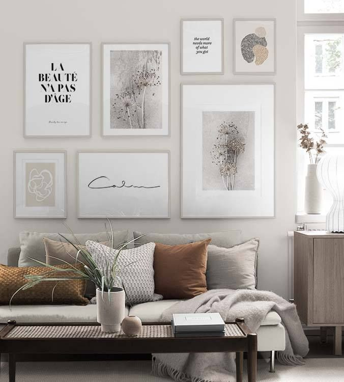 Inspiration for beautiful living room picture wall with posters Desenio#beautiful #desenio #inspiration #living #picture #posters #room #wall