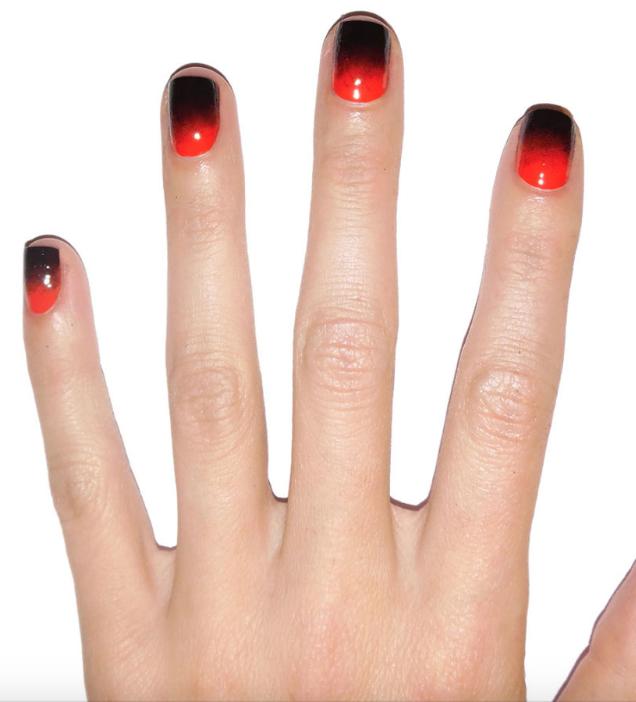 Creepy Chic Halloween Nail Art Designs | Halloween nails ...