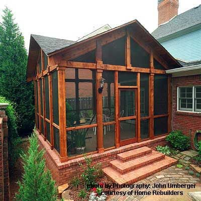 Like The Stain Screened Porch Designs Porch Design House With Porch
