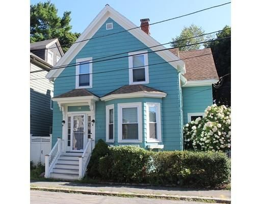 10 Messervy St For Sale Salem Ma Trulia Home And Family Salem Trulia