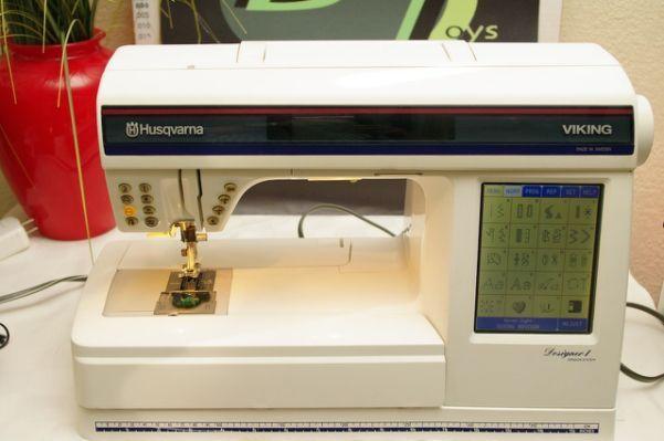 Husqvarna Viking Designer 1 Embroidery Sewing Room Pinterest