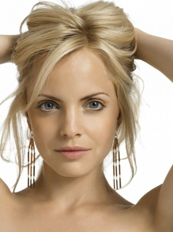 Correctly Choose Blond Tones Depending On The Skin Type Short Hair Updo Dyed Blonde Hair Face Shape Hairstyles