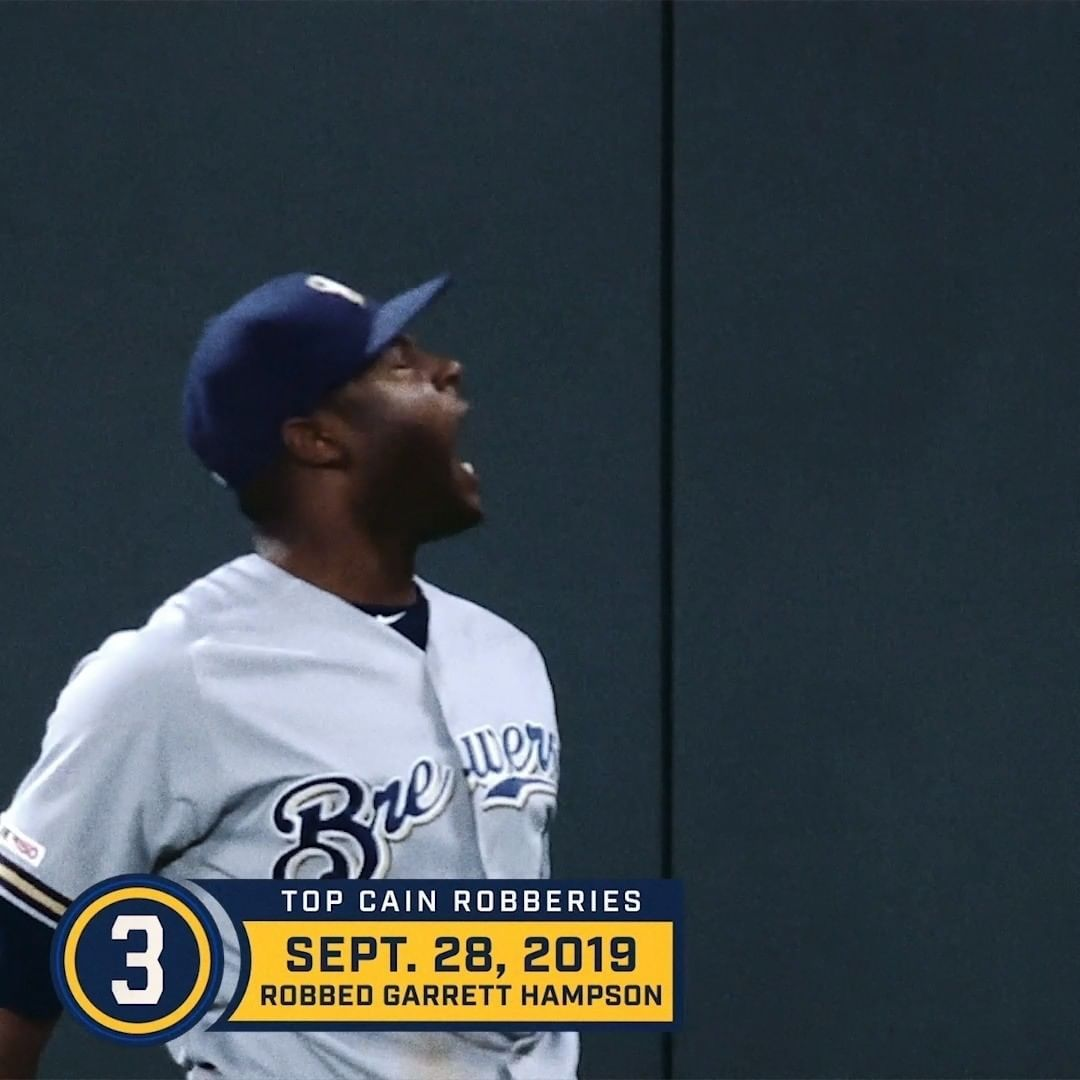 Milwaukee Brewers In 2019 Locain Finally Got His Gold Glove Here Are Just A Few Reasons Why Th In 2020 Milwaukee Brewers Gold Gloves Brewers