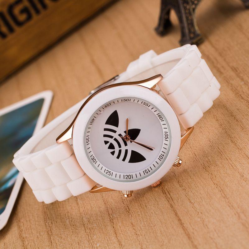 d5840d28b61 13 cores da moda do silicone Geléia relógio de quartzo mulheres Marca de  Luxo relógio de pulso do esporte Hot senhoras vestido relógios Presente  relogio ...