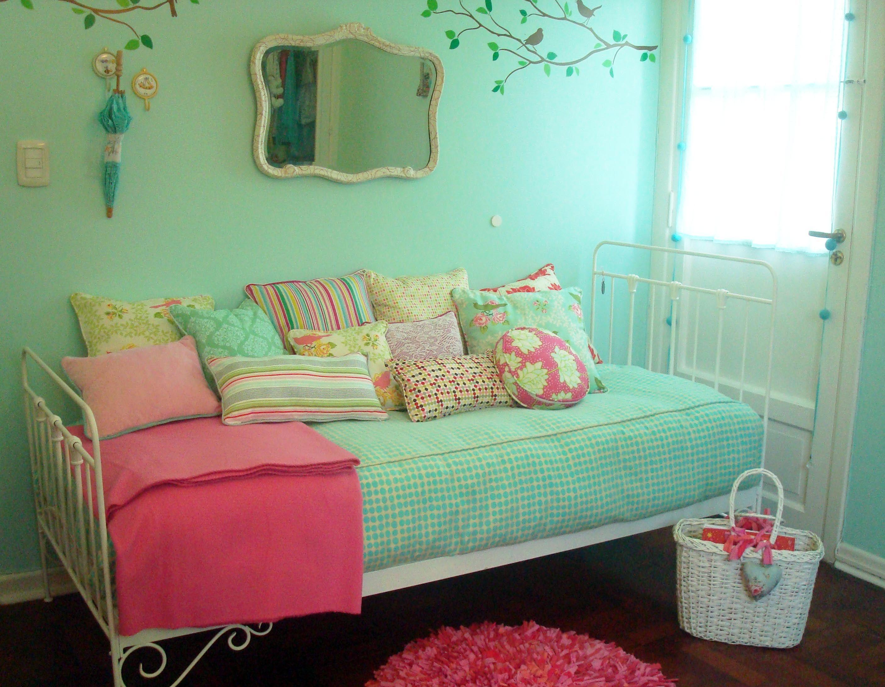 Verde agua y coral juegos de colores pinterest ideas for Dormitorio verde agua