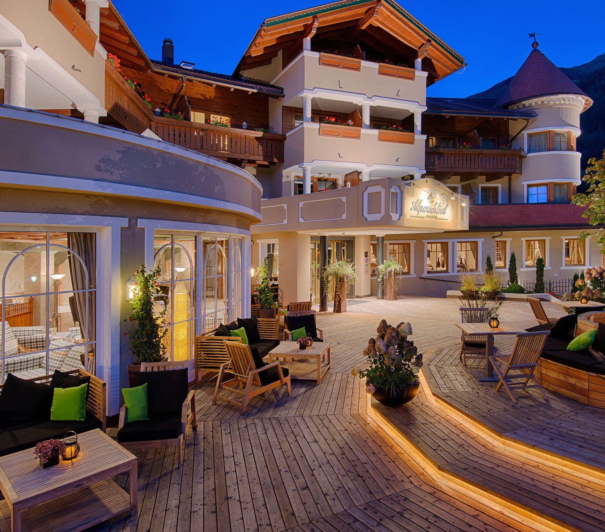 Hotel benessere trentino alto adige alpenschl ssl for Design hotel alto adige