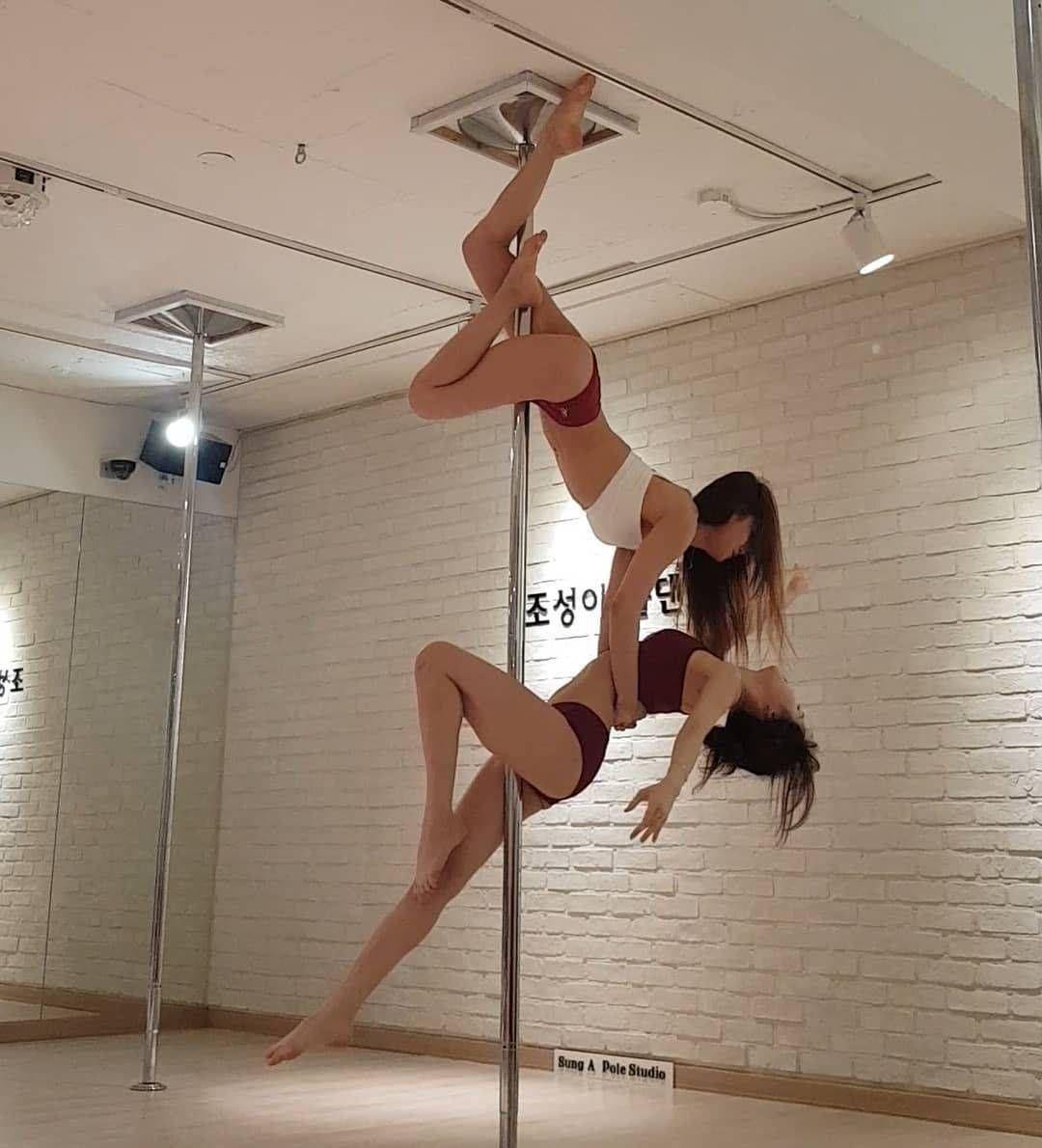 Gfriend Yuju At Sunga Pole Dance Studio With Images Pole