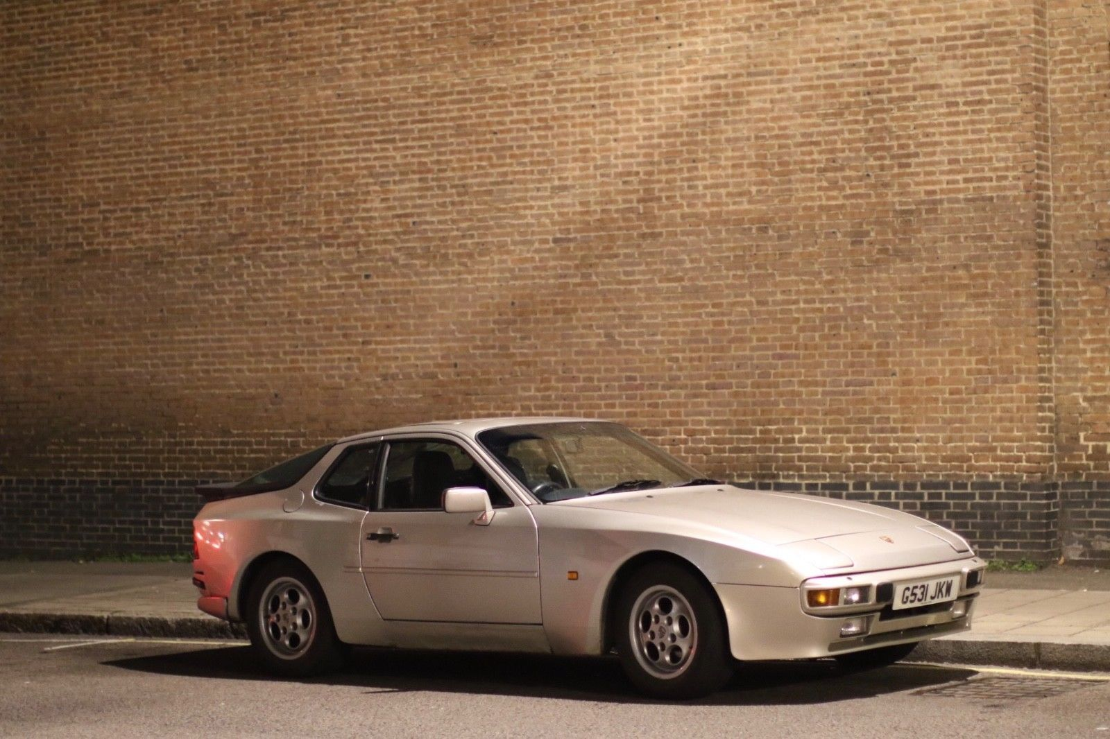 #Porscheclubsuk Porsche 944 2.7 LUX https://t.co/YFTI8rXx1Z https://t.co/Ze5JrYSYQR