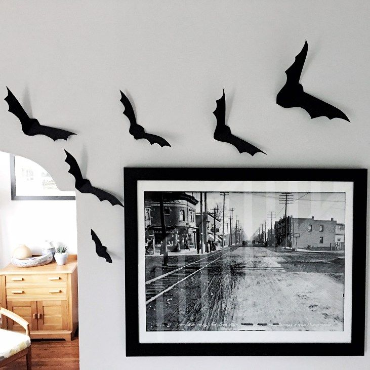 Halloween Decor for under $15, cheap halloween decor ideas, bats