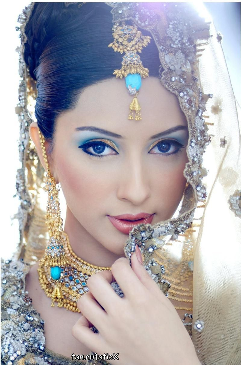 Another Indian Elegant Bride With Arabic eye make up