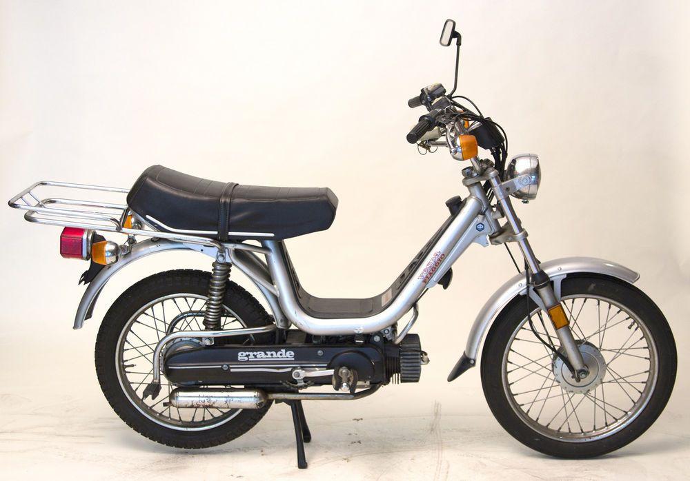 vespa piaggio grande moped bike scooter | mopeds and vespas