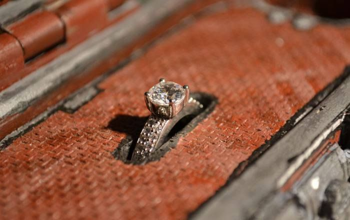 Borderlands Themed Engagement Ring Case