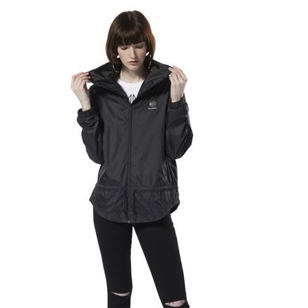 Reebok Women's Classics Graphic Windbreaker in Black Size