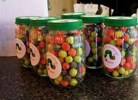 10 ways to reuse baby food jars as party favors
