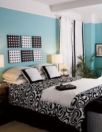 D I Y Headboard Idea Arrange Art Pieces Over The Bed This Example Is Sbook Paper