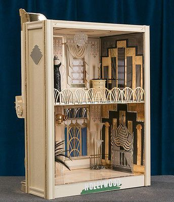 High Quality Art Deco Hollywood Dollhouse With Bespaq Furniture And Mannequins 1 12  Scale (interior Of The