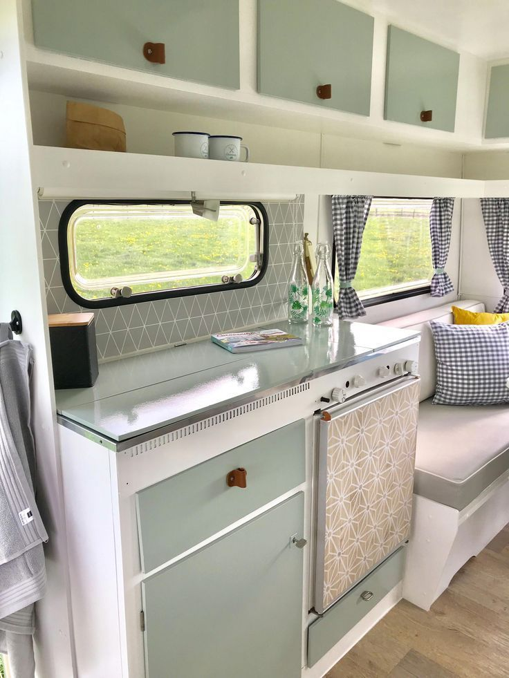 Best Free Vintage Caravans kitchen Strategies  Is your caravan all of substance, virtually no design and style? And here is at this moment to get some new interior. I #Caravans #Free #Kitchen #Strategies   Sie sind an de  You are in the right place about Vintage Style kitchen   Here we offer you the most beautiful pictures about the  Vintage Style 60s  you are looking for. When you examine the Best Free Vintage Caravans ki... #Vintage Style 1970s #Vintage Style Grunge #Vintage Style Outfits